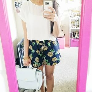 Pants - Pineapple shorts